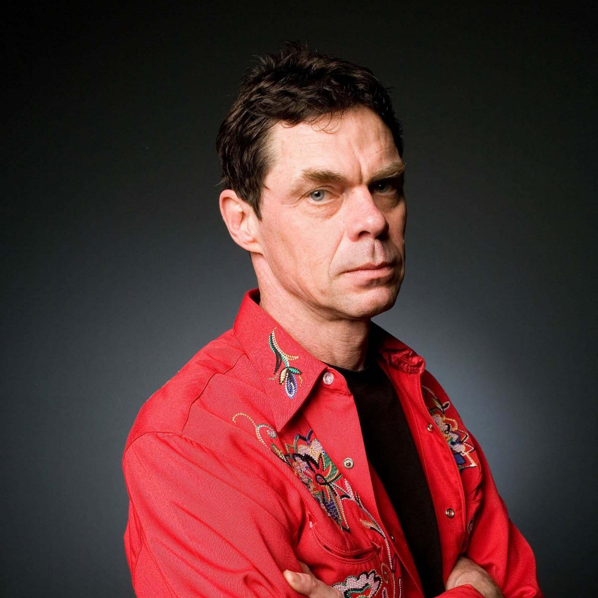 Live at Camberley Theatre with Rich Hall on 26 November 2021