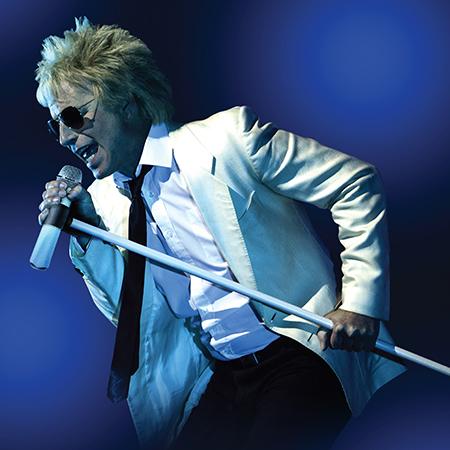 Rod Stewart tribute singing