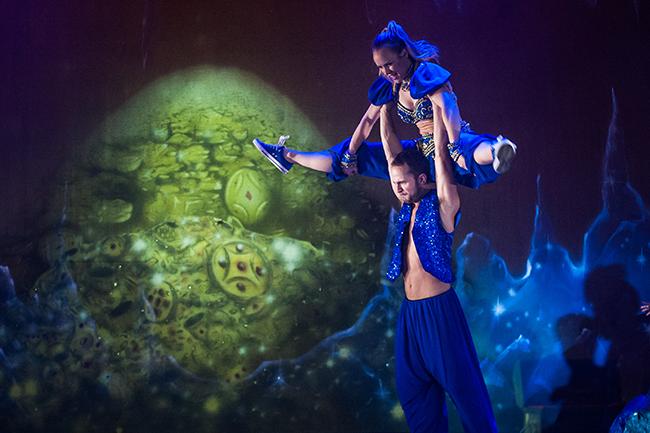 Dancers from Aladdin 2015