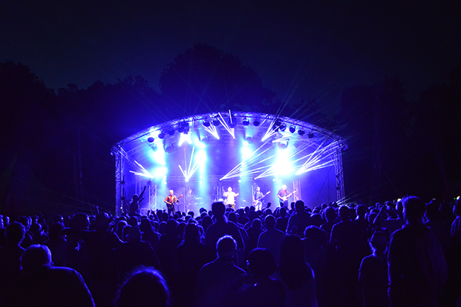 Frimley Lodge Live night shot